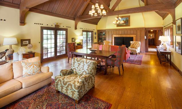 the-frank-estate-luxury-livingt.png